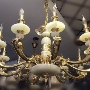 đèn-chùm-đồng đá