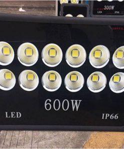 Đèn-Pha-Công-Suất-600w