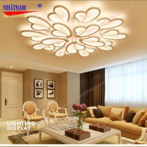 đèn trang trí phòng khách hiện đại