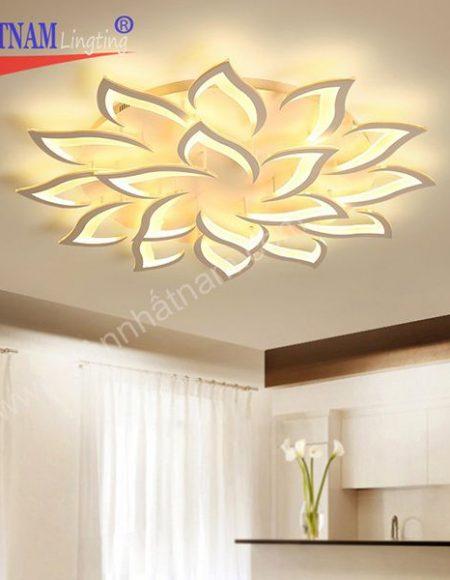 Đèn trần phòng khách